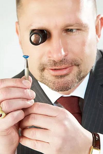 Dr Thomas Schröck